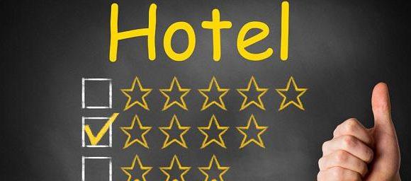 Медведев: Все гостиницы без исключения обязаны получать звезды