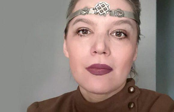 Елена Ковылина предлагает перформанс от вируса